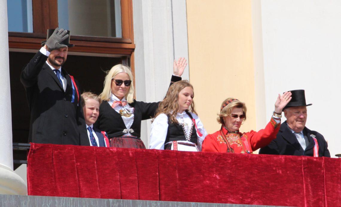King Harald, Queen Sonja, Crown Prince Haakon, Crown Princess Mette-Marit Princess Ingrid, Prince Sverre