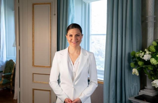 Crown Princess Victoria of Sweden celebrates the 50th anniversary of the Swedish Institute in Paris