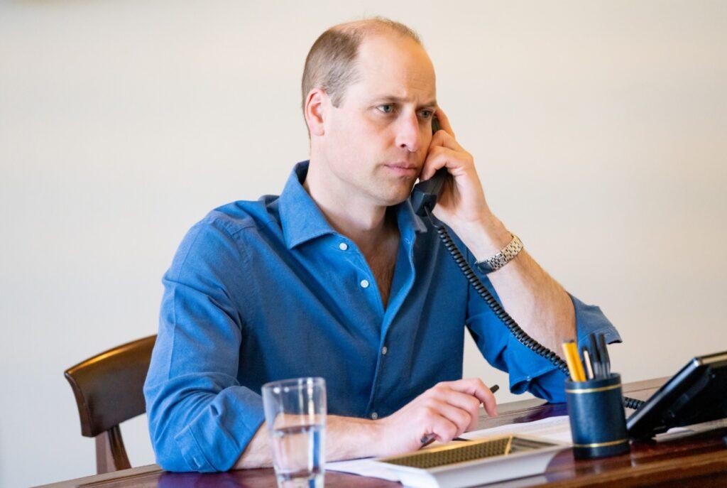 Prince William speaks to NHS staff in 2021