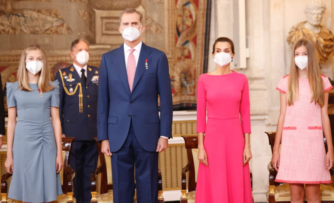 King Felipe with Spain's Royal Family in a ceremony to mark the 7th anniversary of his accession to the throne